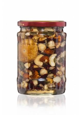 Пчелен мед от Акация с микс от сурови ядки 330 грама